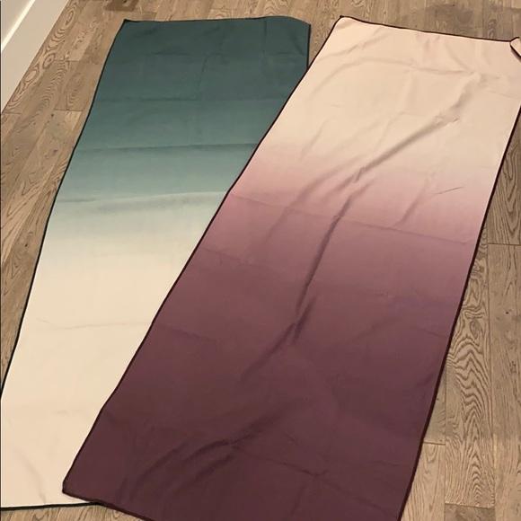 Set of 2 Ombré Manduka eQua Yoga mat Towels